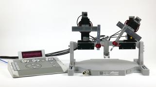 Luigs & Neumann micromanipulator on the Mobile HomeCage bridge